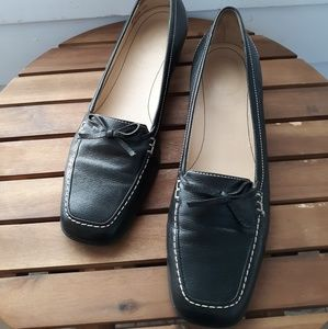 Easy Spirit Black Leather Esjay Loafers Size 8